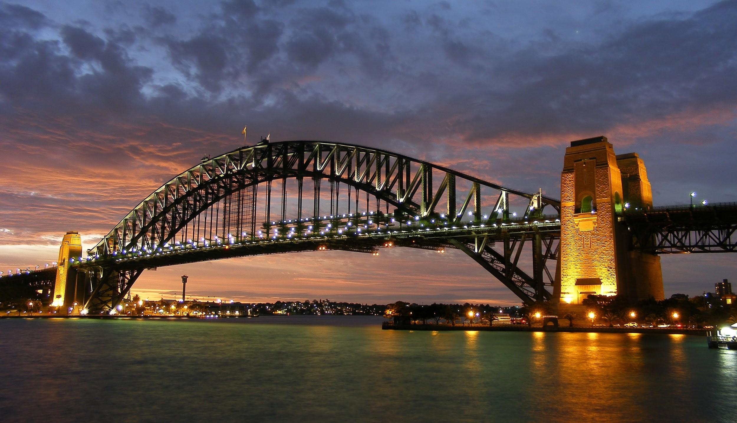 Sydney Bridge